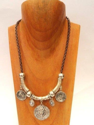 Collar cuero/metal Oriental