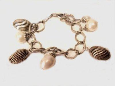 Pulsera cadena perla y bellota metal 425041