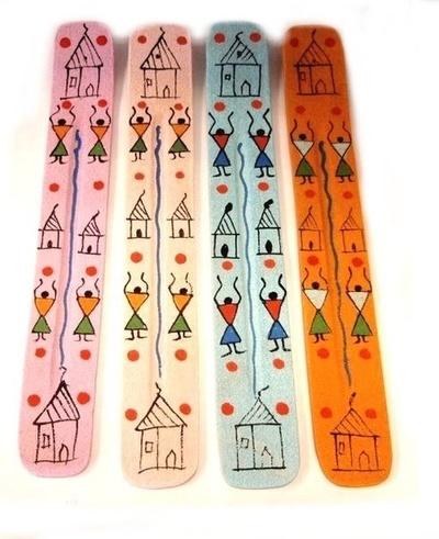 Tablilla porta incienso madera color Casa