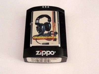 Zippo Auriculares